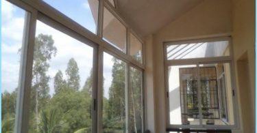 Sliding balkongfönster