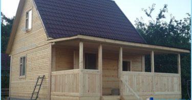 bad projekt med en veranda under ett tak