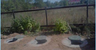 Anordningen septiktank av betongringar